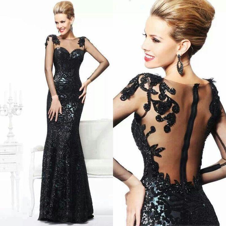 siyah-islemeli-elbise