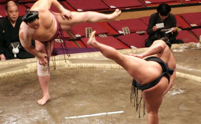 uzakdogu-sporu-sumo-guresi